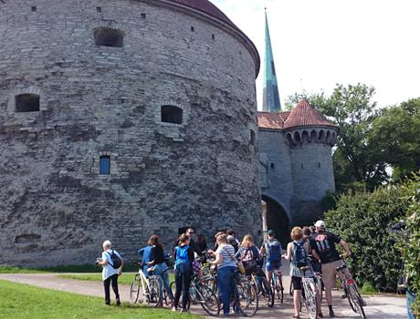 Welcome to Tallinn 2 Hour Bike tour