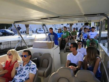 The Three Islands speedboat tour from Makarska