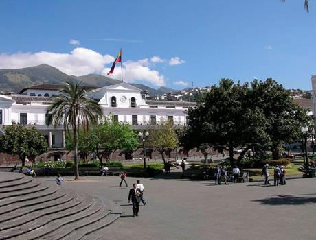 Traditions of Quito Guided Tour + Lunch