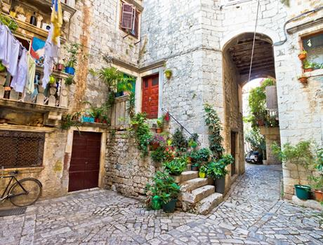Discover Trogir on a Walking Tour