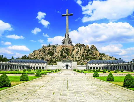 From Madrid: Royal Monastery of El Escorial & the Valley of the Fallen + Royal Site of Aranjuez