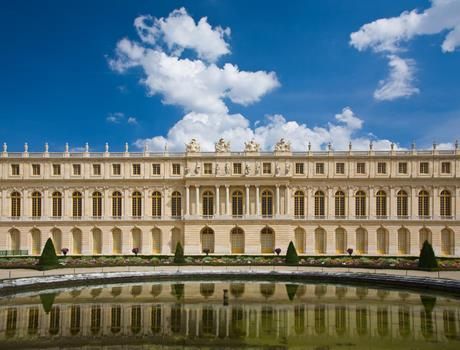 Versailles & Giverny with Guide from Paris