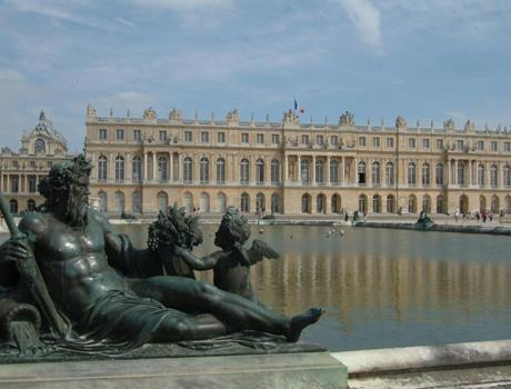 Visit of Versailles with Audioguide 1 Day from Paris