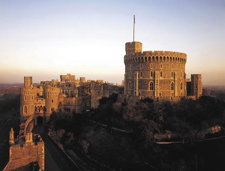 Windsor Castle + Stonehenge & Bath Visit from London
