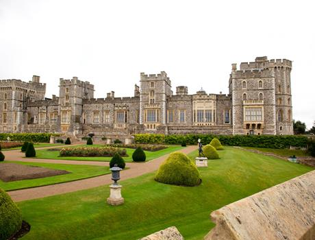 Windsor, Bath and Stonehenge with Lunch Pack - Full day Tour from London