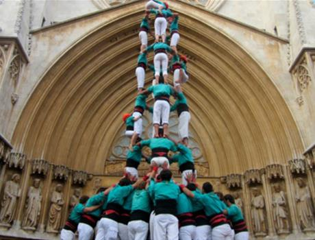 Wine and Cava Trail and Human Towers Experience from Barcelona