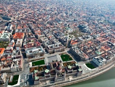 30 Minute Panoramic Flight over Budapest
