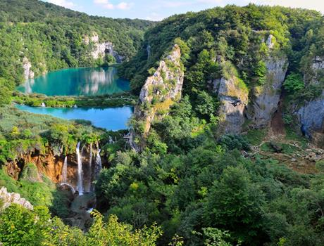 Economy Tour to National Park Plitvice Lakes from Split