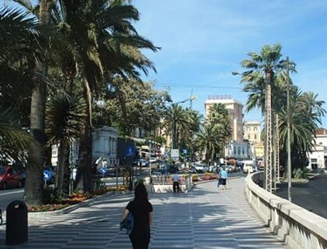 Italian Riviera and Sanremo Bus Tour from Nice