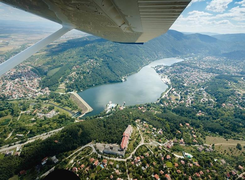 25 min Panoramic Flight over Iskar Dam from Lesnovo