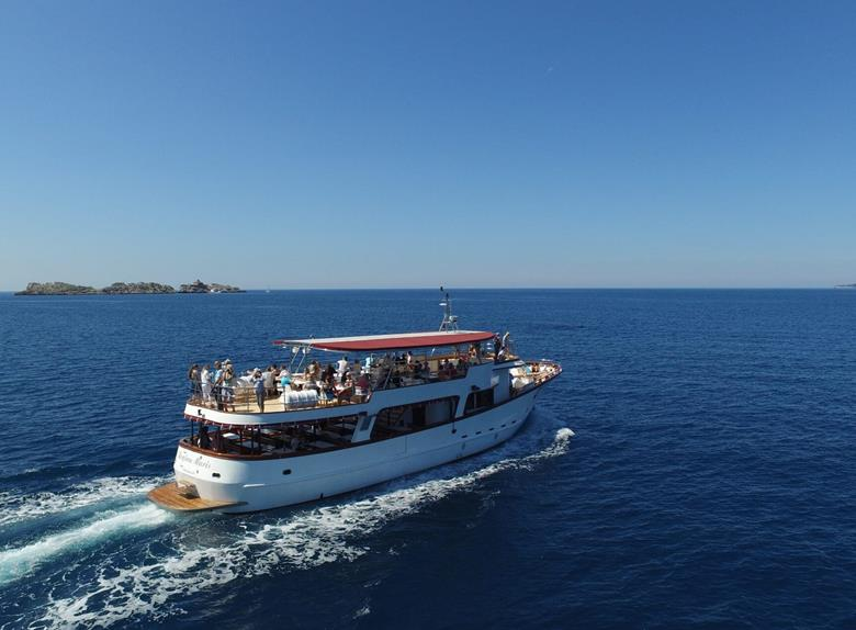 Elaphite Islands Boat Group Tour from Dubrovnik