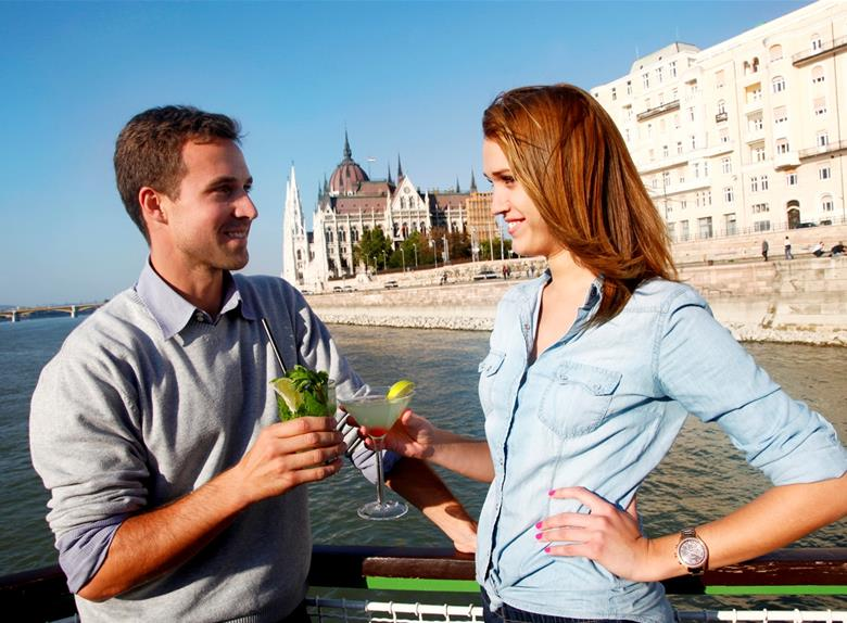 Lunch & Cruise Tour from Budapest