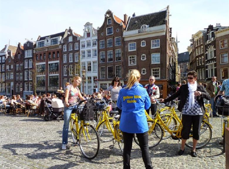 Amsterdam Big City Bike Tour