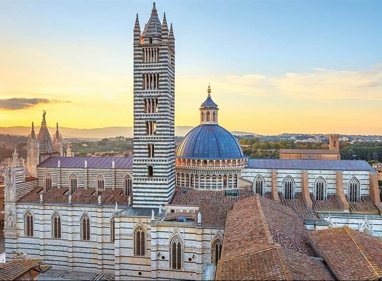Siena Walking Tour + Ice Cream Cooking Class