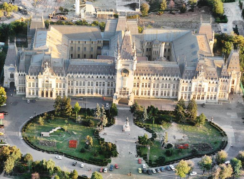 Bike Tour from Iasi: Visit the City and its Surroundings
