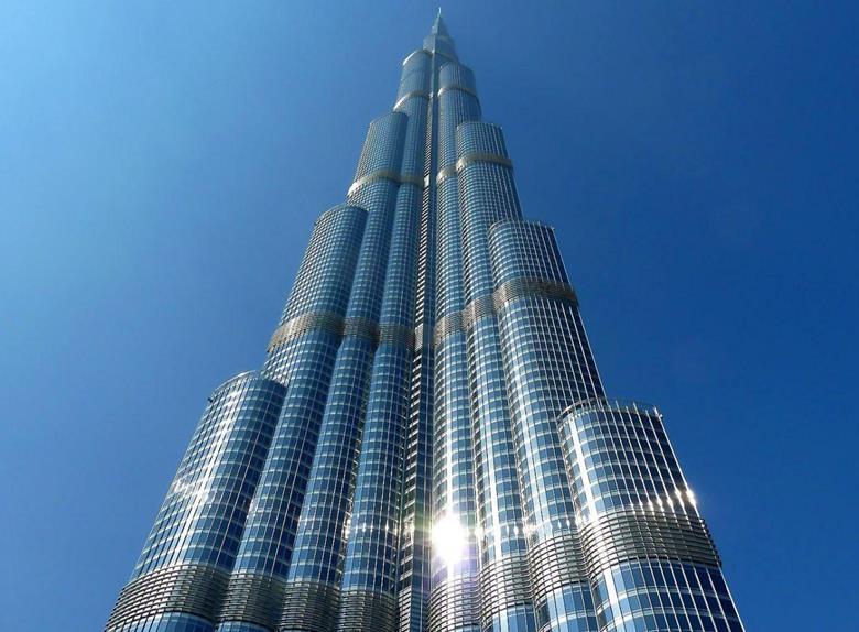 Entrance ticket burj khalifa 124th floor from dubai for Burj al khalifa how many floors