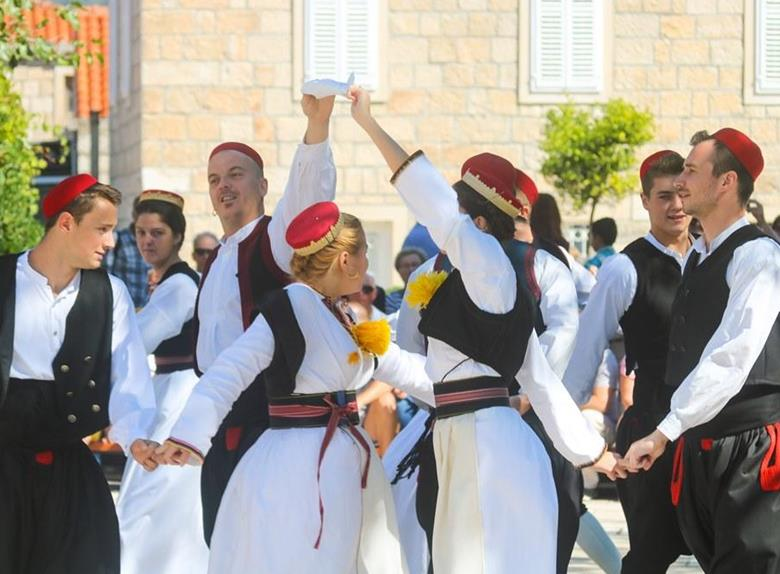Čilipi Folklor Tour From Dubrovnik