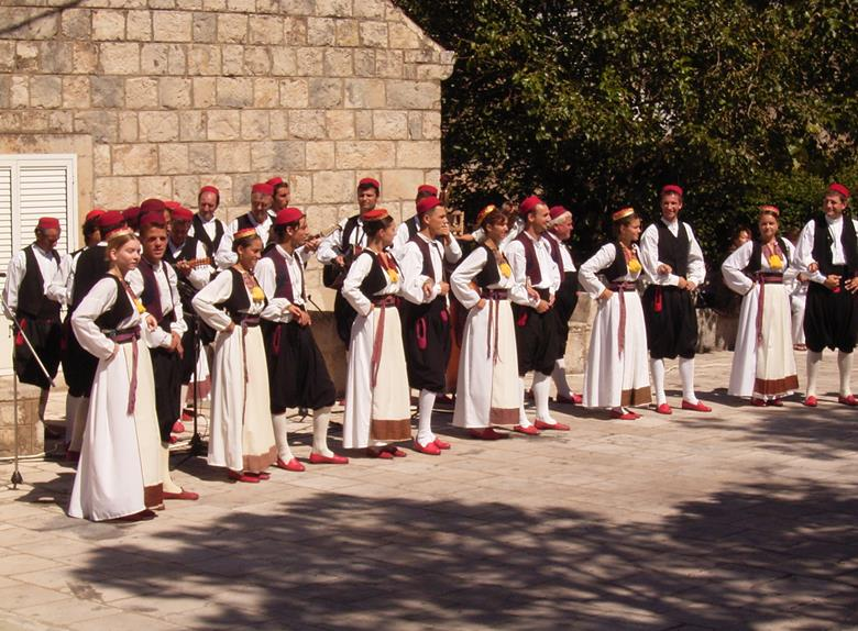 Čilipi Folklore Tour from Dubrovnik