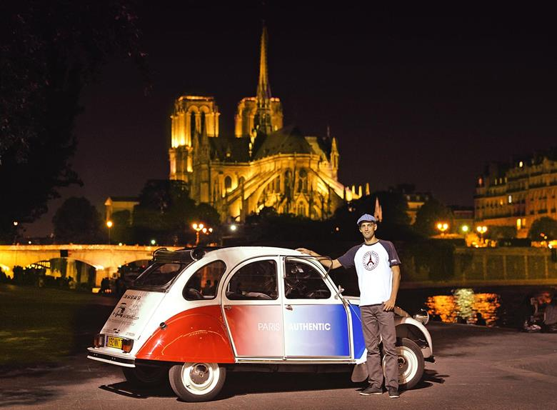 paris night tour by citroen 2cv river seine cruise paris. Black Bedroom Furniture Sets. Home Design Ideas