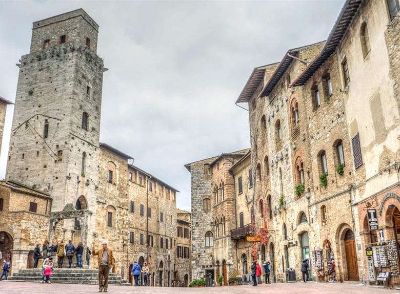 San Gimignano, Siena & Chianti: Full Day Tour from Florence