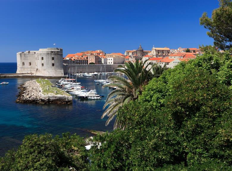 Discover the old city of Dubrovnik