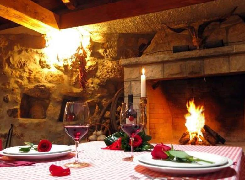 Enjoy a Local Dinner in a Traditional Restaurant near Dubrovnik