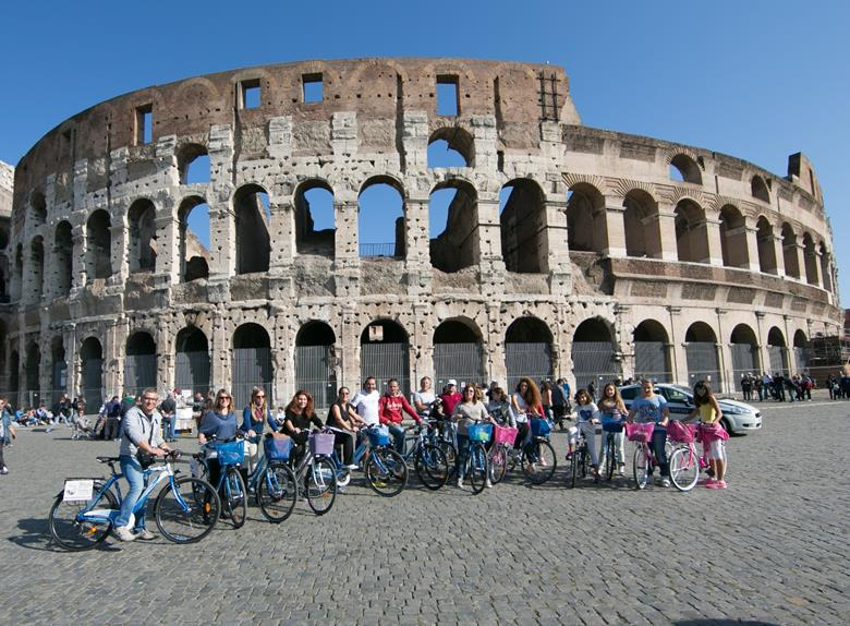 Amazing Rome and Panoramic Group Bike Tour