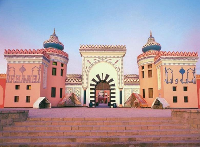Evening Tour to 1001 Nights Show and Dinner in Sharm El Sheikh