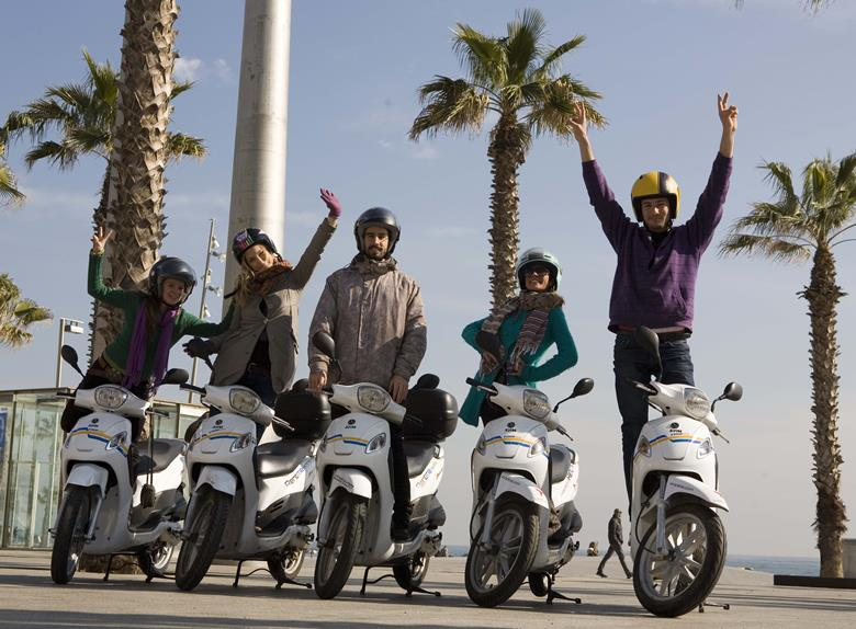 Explore and have fun on Scooter Tours