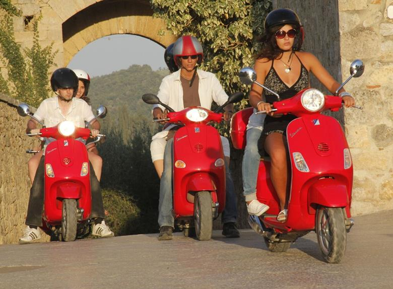 Visit the Chianti Region on an original Vespa scooter from Pisa
