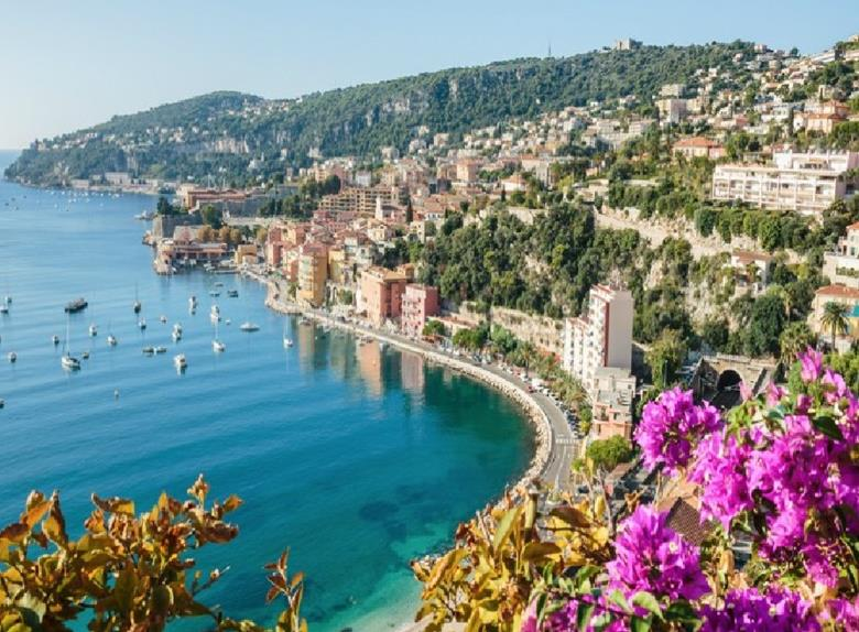 French Riviera and Medieval Villages - Full Day Private Tour from Nice, Cannes or Monaco