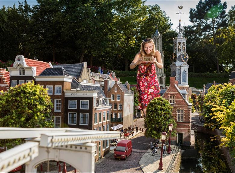 Keukenhof and Madurodam Park - Full Day Tour From Hague