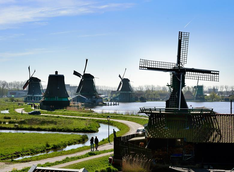 The Famous Dutch Windmills - Tours to Zaanse Schans from Amsterdam