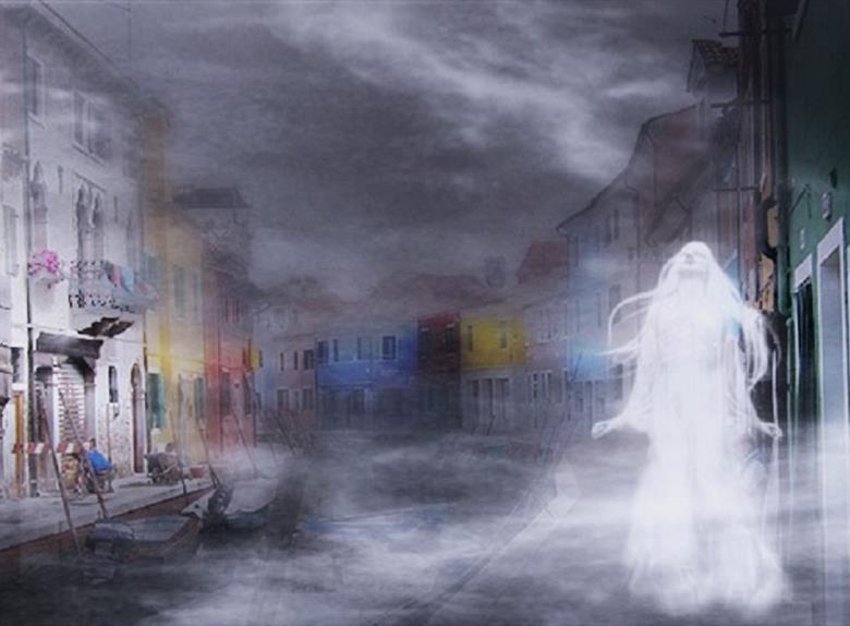El fantasma de la joven Tosca que gira vestida con el vestido de matrimonio, en búsqueda del dedo que lleva el anillo que un día le fue cortado.