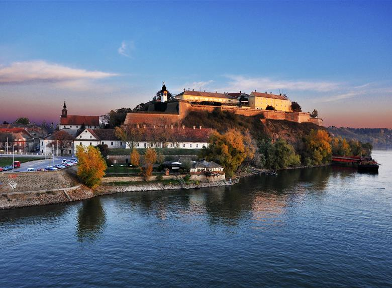 Novi Sad centre + Petrovaradin Fortress walking tour