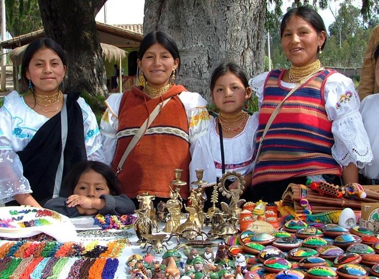 Otavalo Market Tour with Lunch from Quito