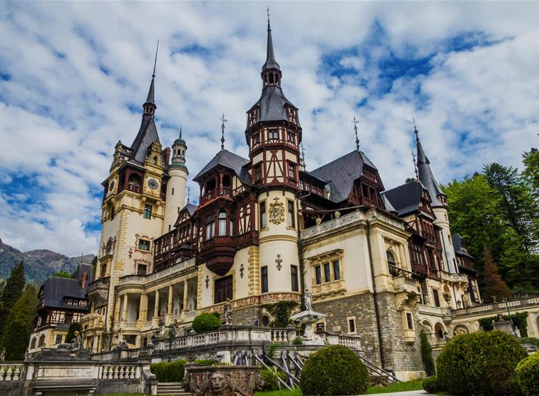 Peles Castle Half Day Tour from Bucharest