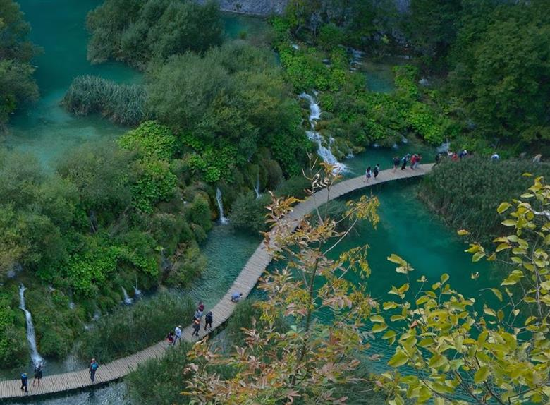 Visit the National Park Plitvice Lakes