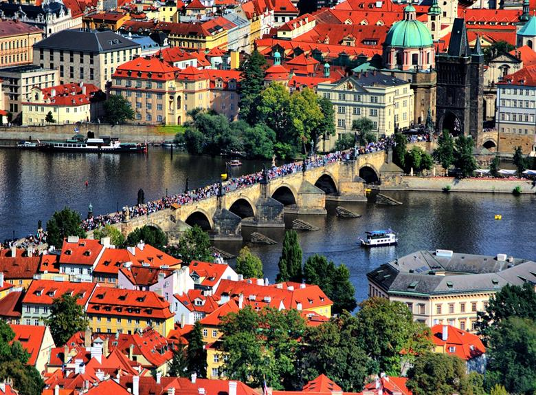 Learn about photography while visiting Prague