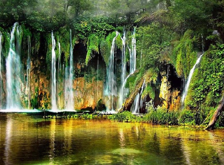 Private Plitvice Lakes Sightseeing Tour