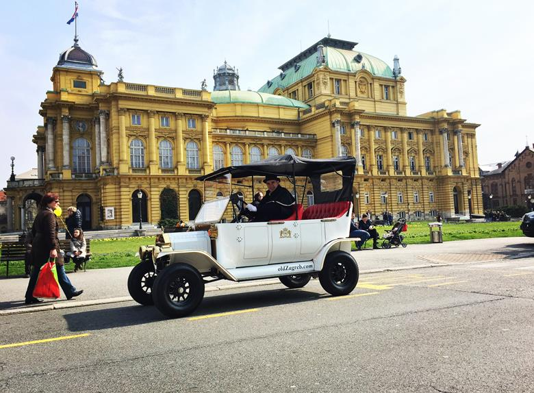 Enjoy the romantic ride through the city on a Vintage Car Tour