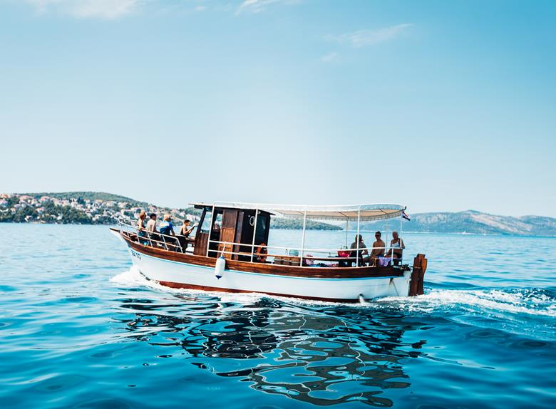 "Rent ""Leut"" Boat - Private Daily Rent from Split and Trogir (for up to 12 People)"