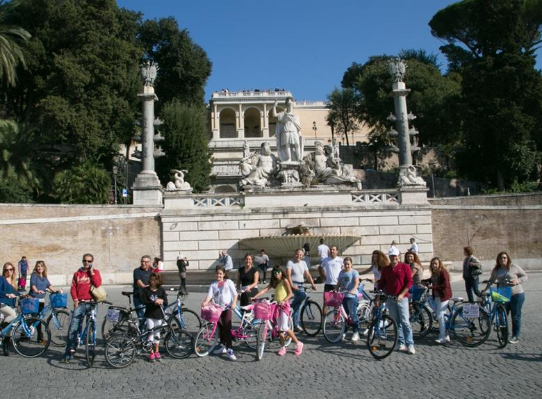 Shore Tour from Civitavecchia: Highlights of Rome by Bike
