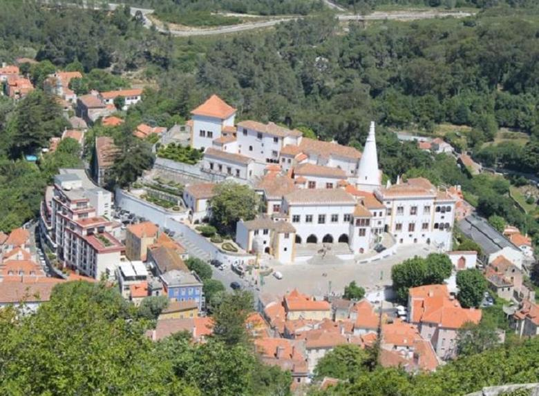 Magnificient Sintra Half-day Tour from Lisbon