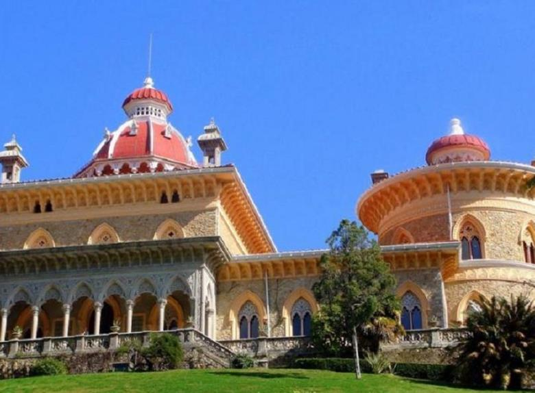 Full-day Sintra Deluxe Tour from Lisbon
