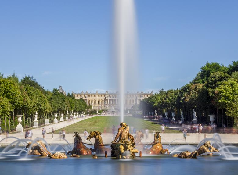 Skip the Line: Versailles Audio Guided Tour & VIP Pass