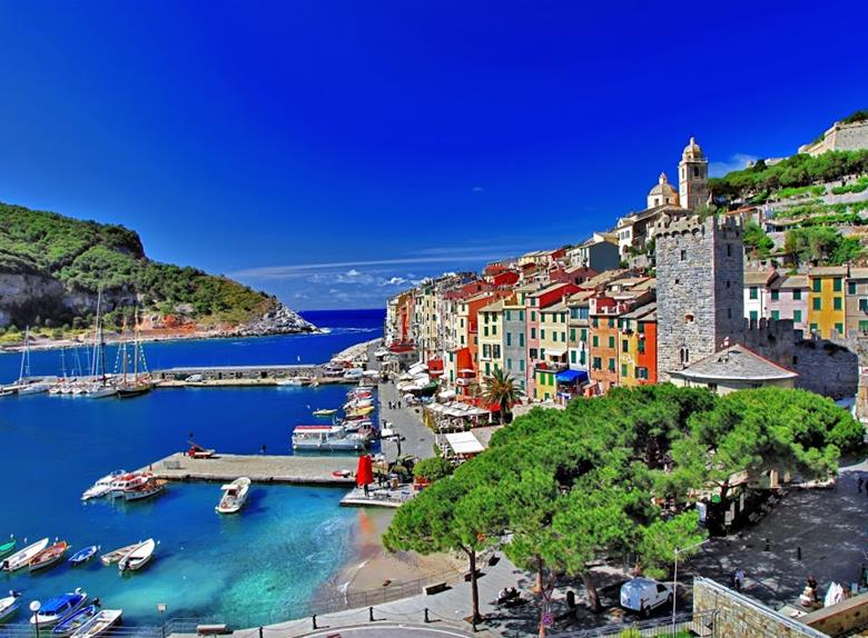 Small Group Tour: Cinque Terre & Portovenere from Florence