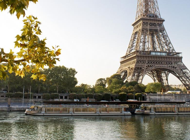 Take a cruise on the Seine river