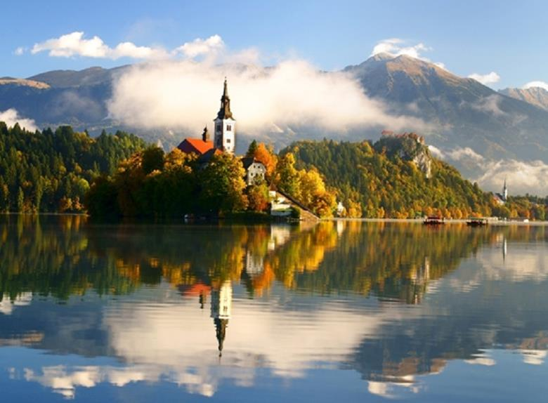 Tour to Lake Bled and Radovljica from Ljubljana