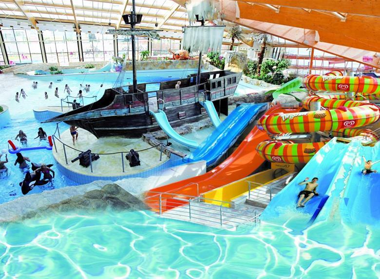 Tour to aqua palace prague prague for Aqua piscine otterburn park